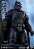 Batman Armored - Hot Toys Movie Masterpieces Sixth Scale Figure 902645