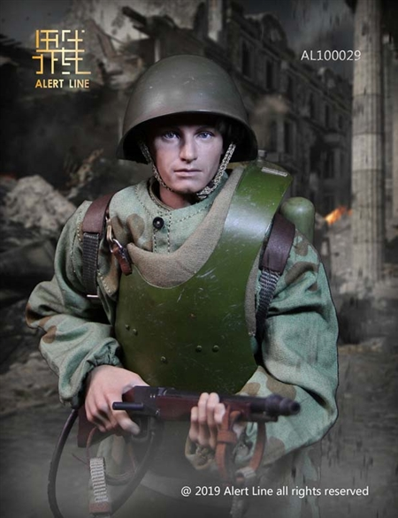 WWII Soviet Red Army Combat Engineer - Alert Line 1/6 Scale Figure
