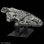 Millennium Falcon - Star Wars: A New Hope - Bandai 1/72 Perfect Grade Plastic Model