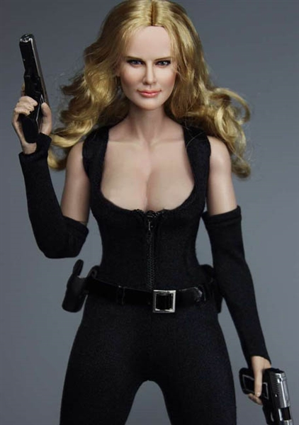Female assassin in latex dress cosplay upskirt - 5 9