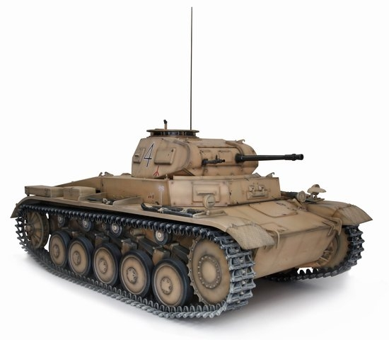 1/6 Pz Kpfw II Ausf  C German Tank Model Kit