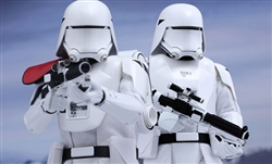 First Order Snowtrooper Set - Hot Toys Sixth Scale Figure