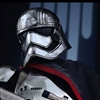 Captain Phasma - Hot Toys Sixth Scale Figure 902582