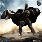 Tactical Suit Batman - Mezco ONE:12 Scale Figure