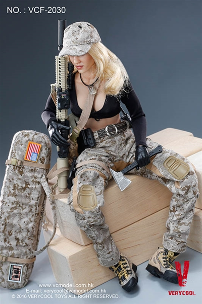 Really Really Cool Toys : Digital camouflage women soldier very cool figure